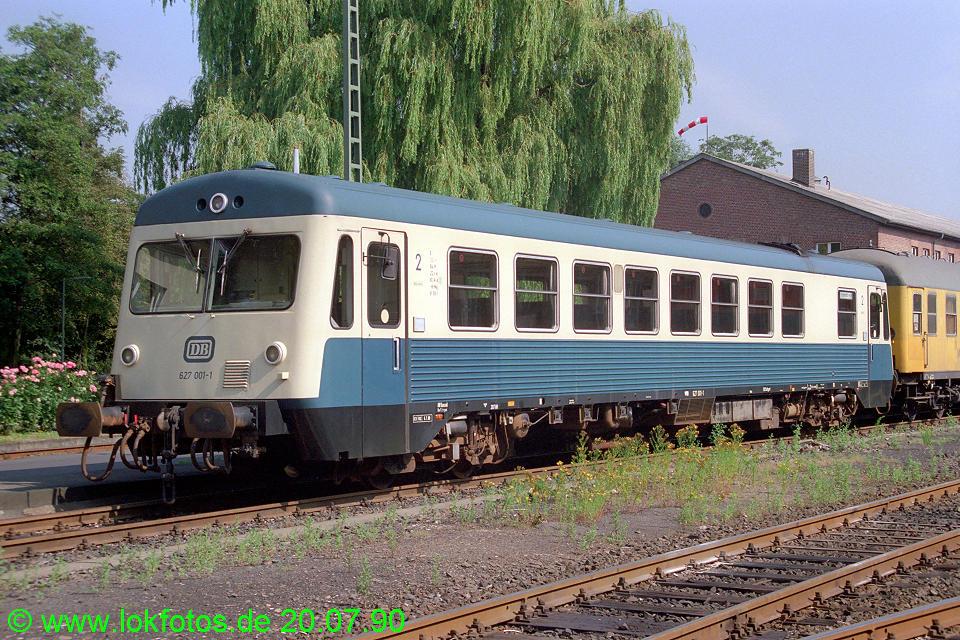 http://www.lokfotos.de/fotos/1990/0720/10863.jpg
