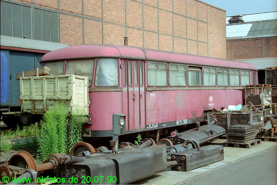 http://www.lokfotos.de/fotos/1990/0720/10906.jpg