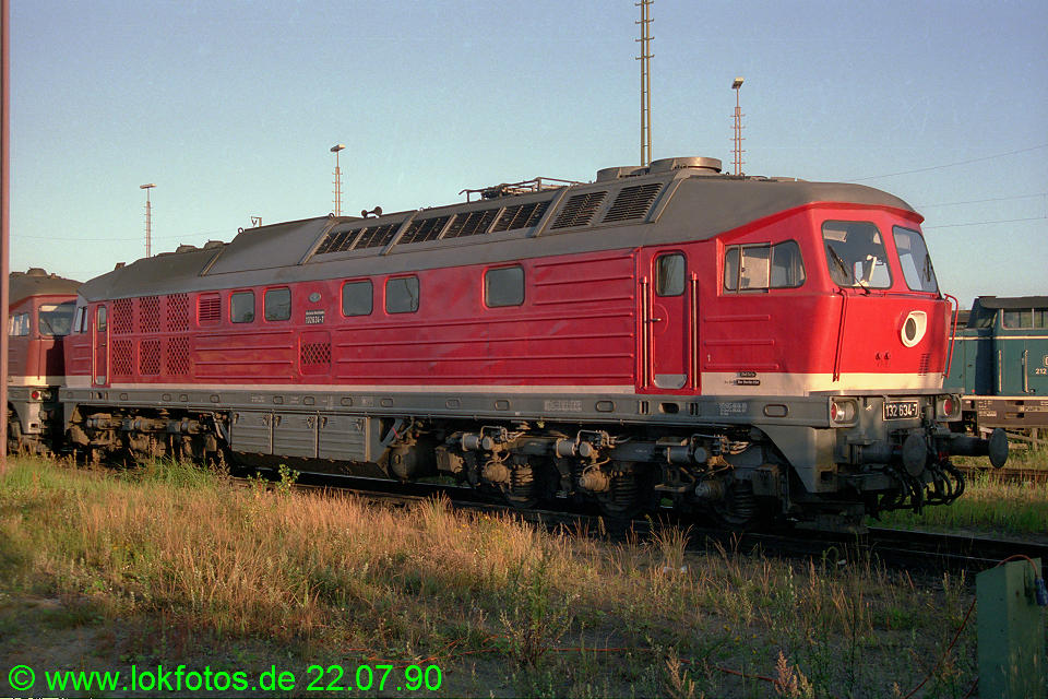 http://www.lokfotos.de/fotos/1990/0722/10947.jpg