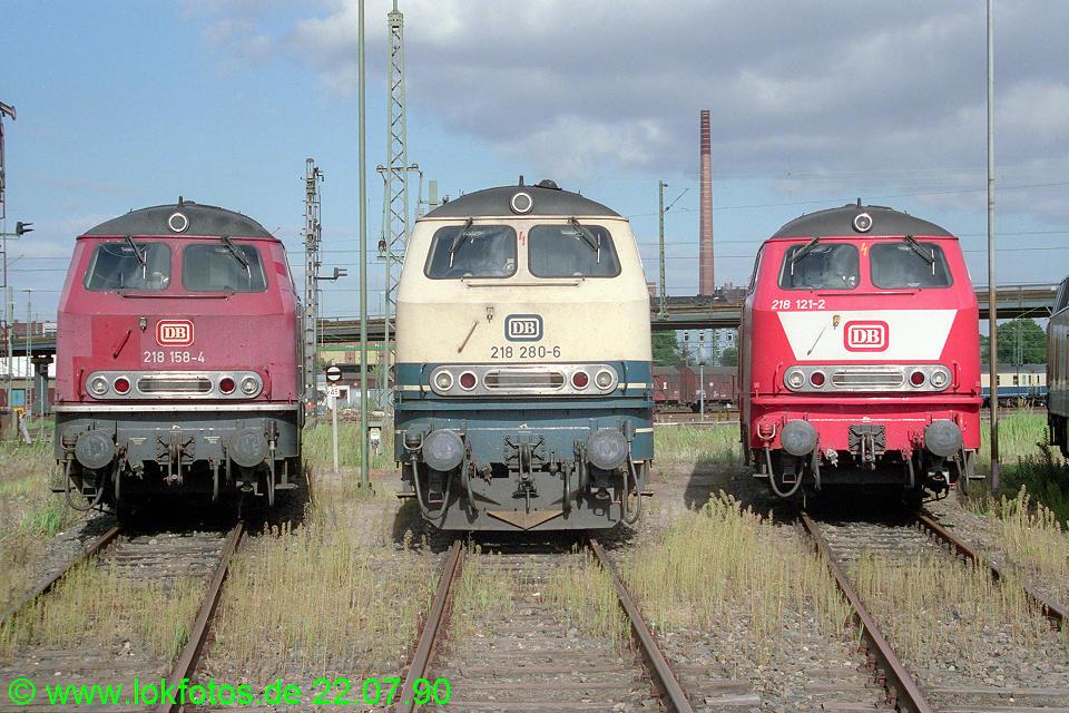 http://www.lokfotos.de/fotos/1990/0722/11019.jpg