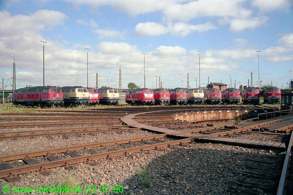 http://www.lokfotos.de/fotos/1990/0722/11022.jpg