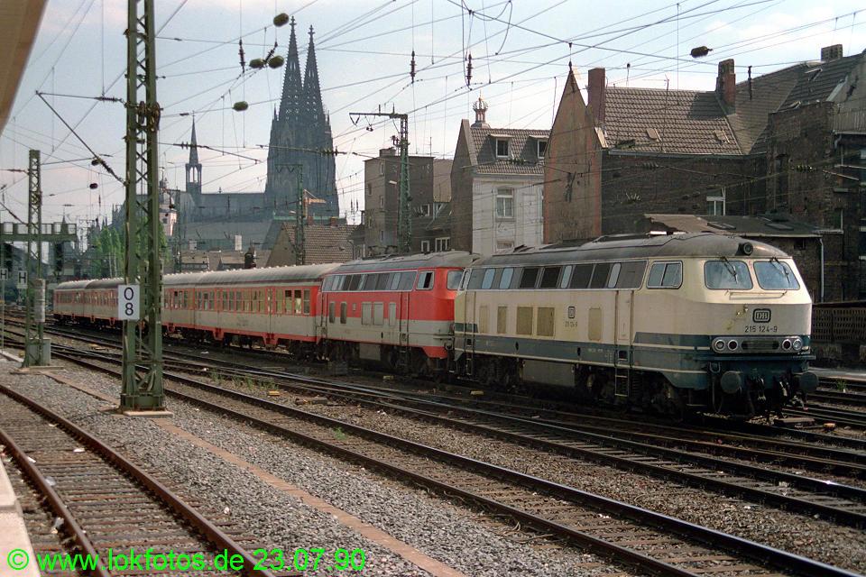 http://www.lokfotos.de/fotos/1990/0723/11028.jpg