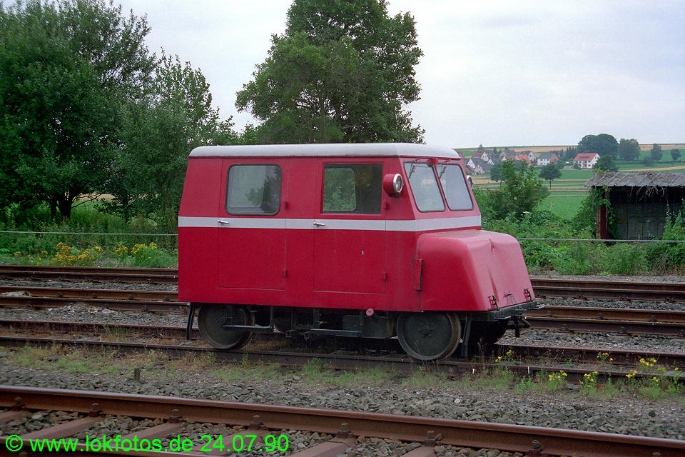 http://www.lokfotos.de/fotos/1990/0724/11060.jpg