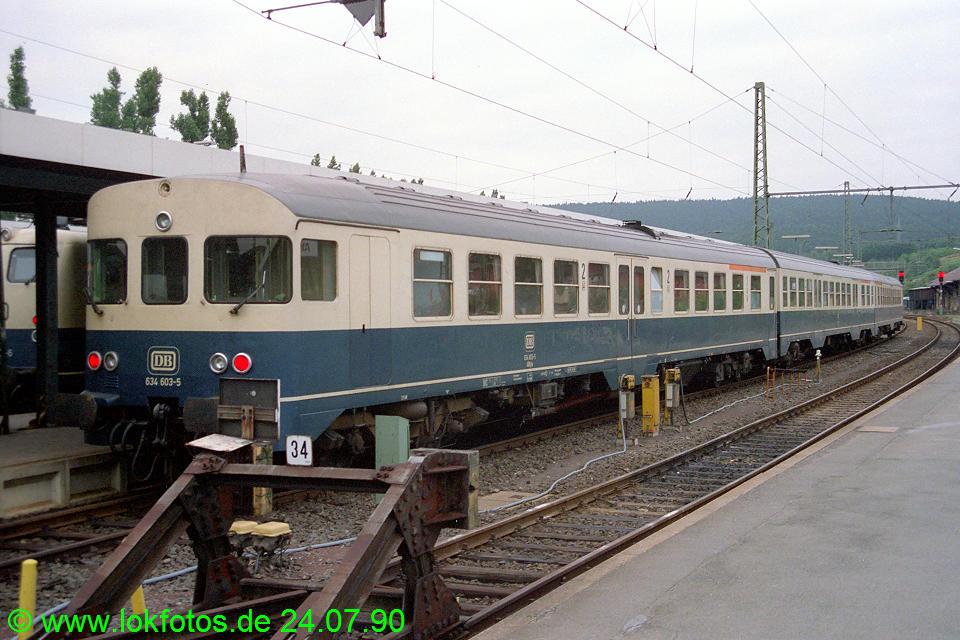 http://www.lokfotos.de/fotos/1990/0724/11072.jpg