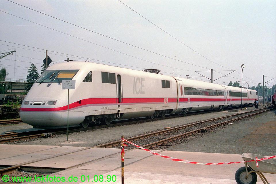 http://www.lokfotos.de/fotos/1990/0801/11281.jpg