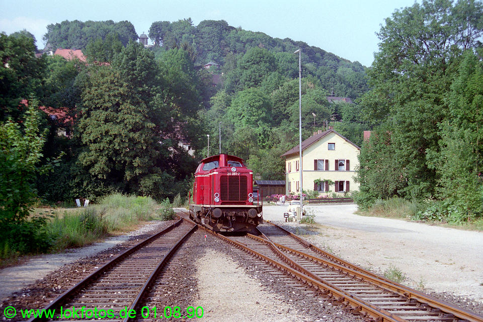 http://www.lokfotos.de/fotos/1990/0801/11324.jpg