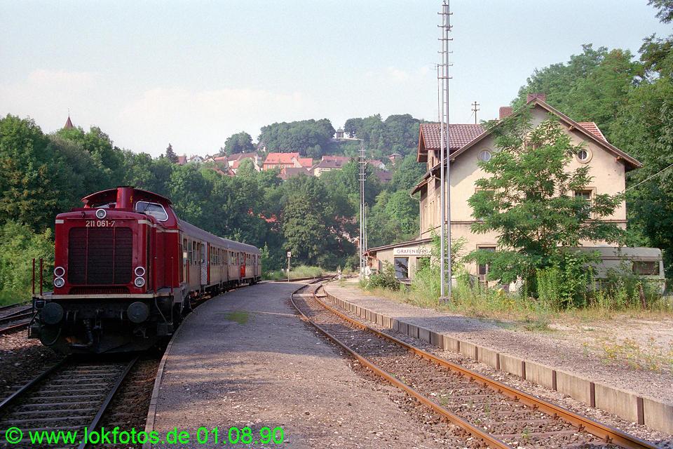 http://www.lokfotos.de/fotos/1990/0801/11326.jpg