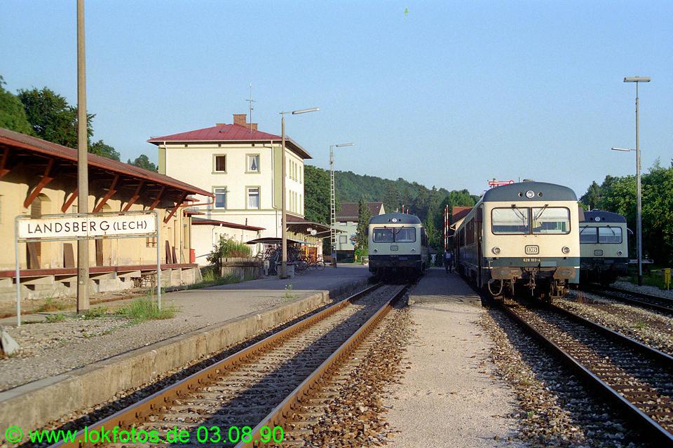 http://www.lokfotos.de/fotos/1990/0803/11345.jpg