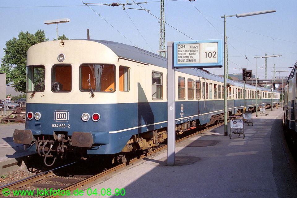 http://www.lokfotos.de/fotos/1990/0804/11347.jpg
