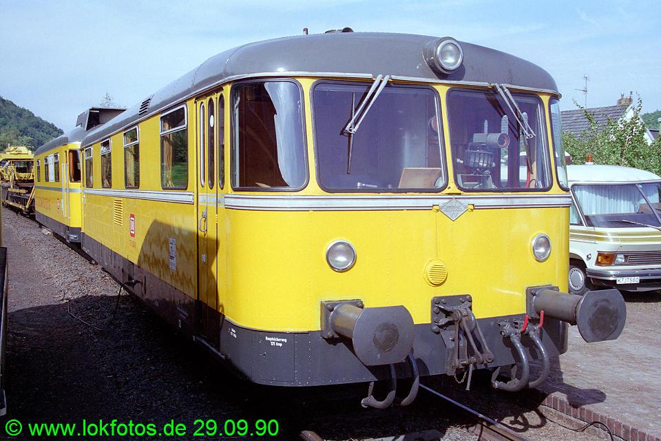 http://www.lokfotos.de/fotos/1990/0929/11459.jpg