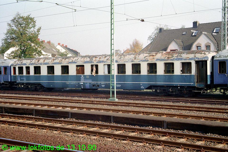 http://www.lokfotos.de/fotos/1990/1013/11484.jpg