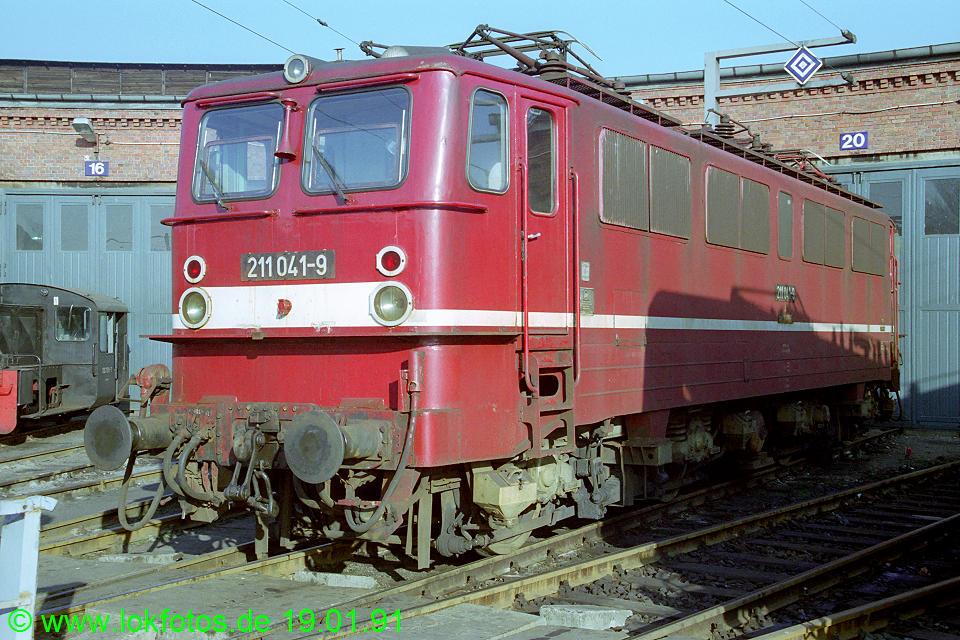 http://www.lokfotos.de/fotos/1991/0119/11603.jpg