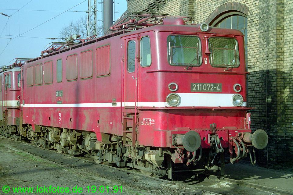 http://www.lokfotos.de/fotos/1991/0119/11648.jpg