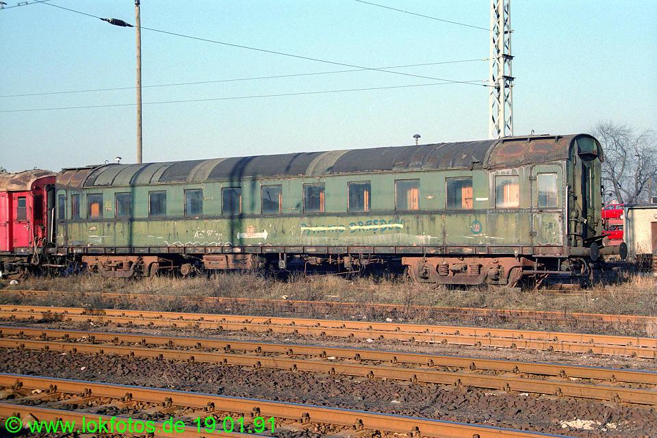http://www.lokfotos.de/fotos/1991/0119/11681.jpg