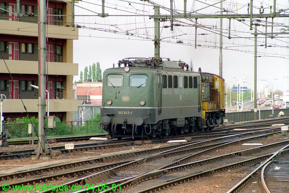 http://www.lokfotos.de/fotos/1991/0504/12094.jpg