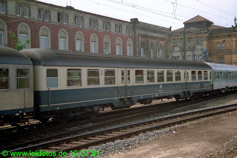 http://www.lokfotos.de/fotos/1991/0710/12458.jpg