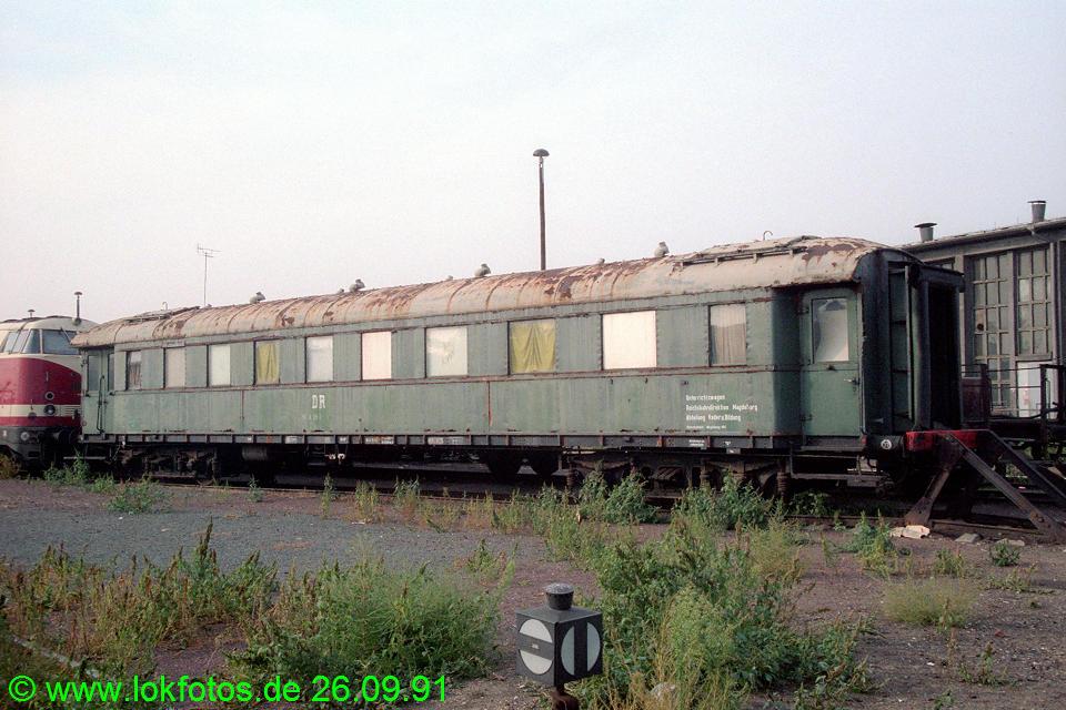 http://www.lokfotos.de/fotos/1991/0926/14583.jpg