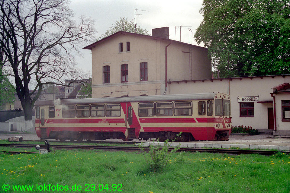 http://www.lokfotos.de/fotos/1992/0429/15466.jpg