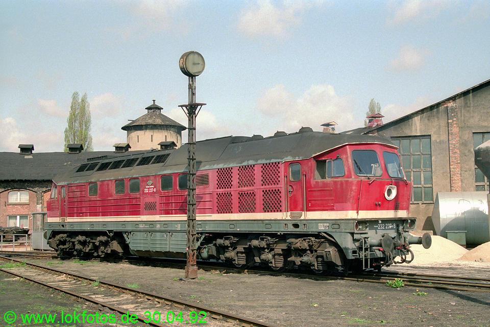 http://www.lokfotos.de/fotos/1992/0430/15492.jpg