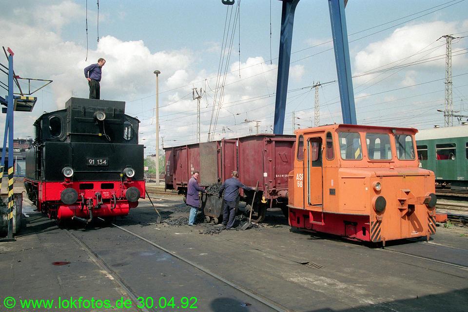 http://www.lokfotos.de/fotos/1992/0430/15572.jpg