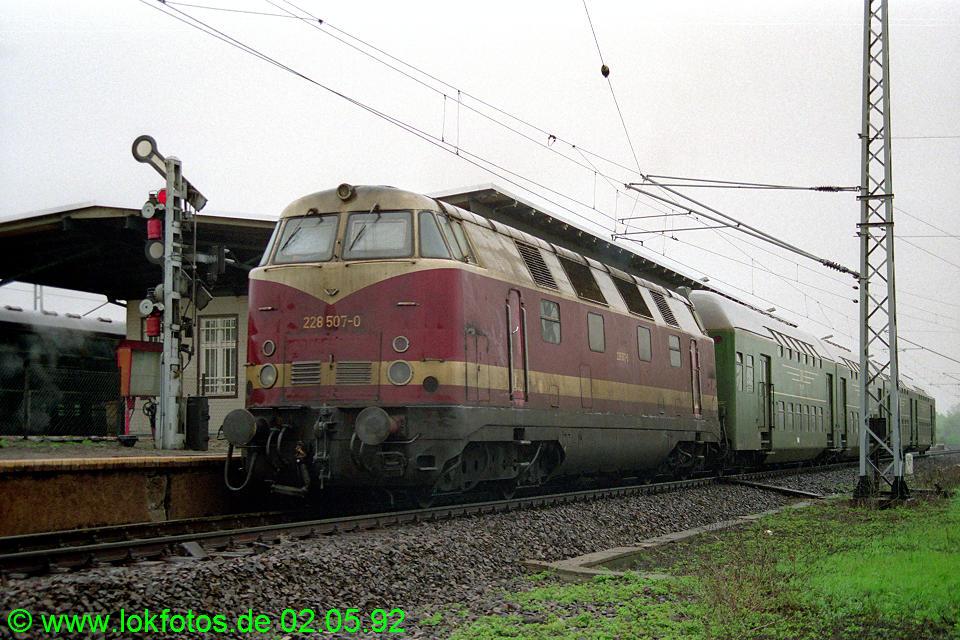 http://www.lokfotos.de/fotos/1992/0502/15771.jpg