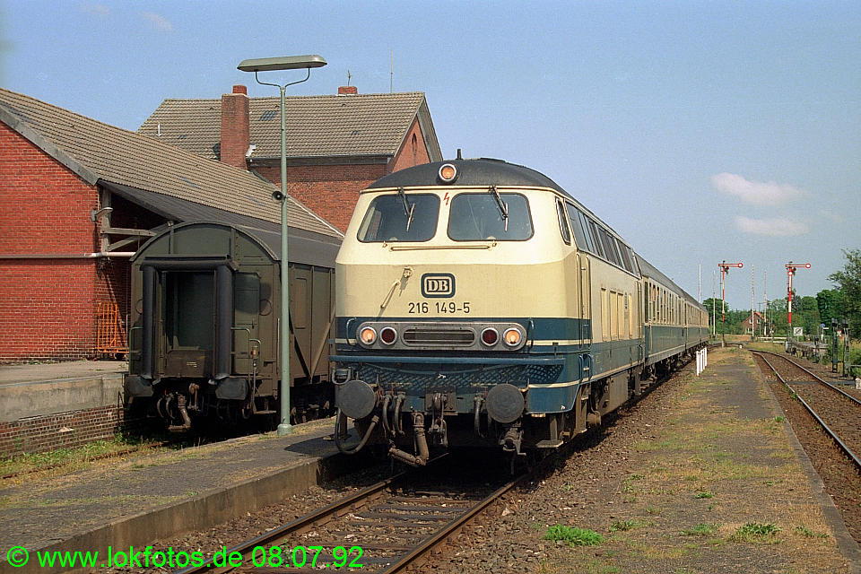 http://www.lokfotos.de/fotos/1992/0708/16617.jpg