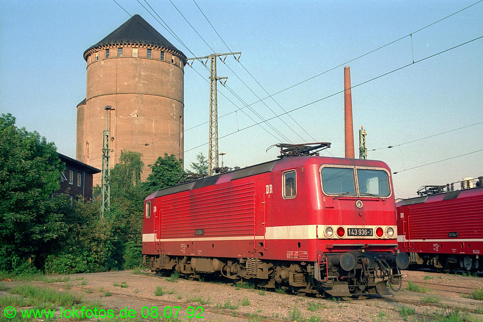 http://www.lokfotos.de/fotos/1992/0708/16627.jpg