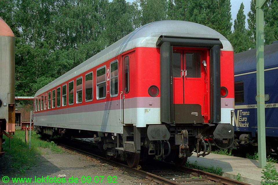 http://www.lokfotos.de/fotos/1992/0709/16649.jpg