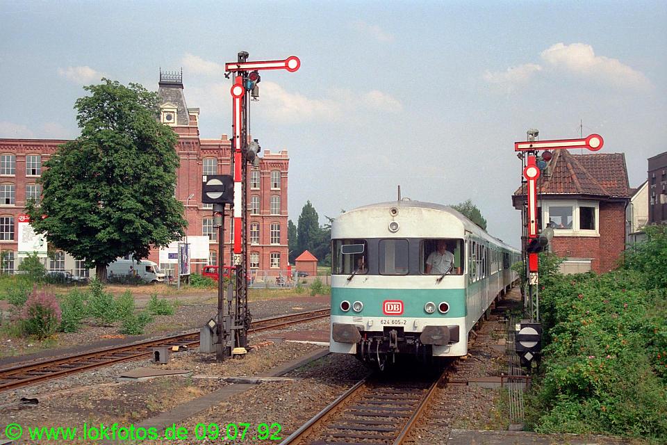 http://www.lokfotos.de/fotos/1992/0709/16664.jpg