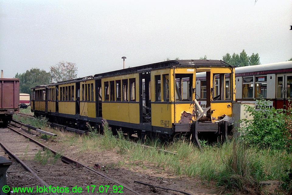 http://www.lokfotos.de/fotos/1992/0717/16794.jpg