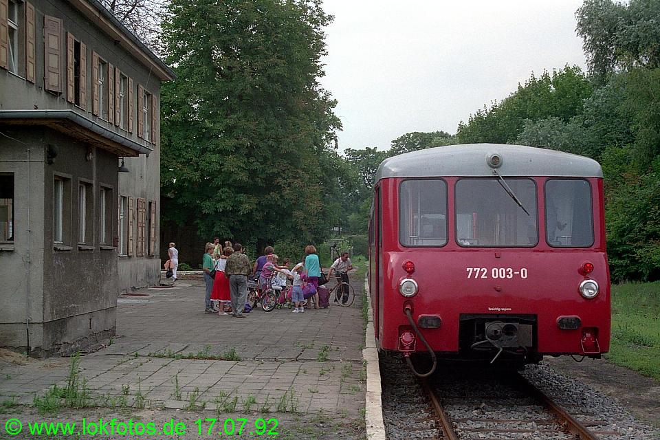 http://www.lokfotos.de/fotos/1992/0717/16883.jpg