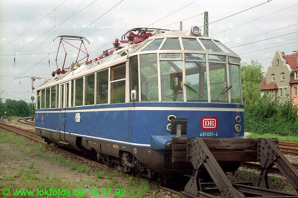 http://www.lokfotos.de/fotos/1992/0718/16958.jpg