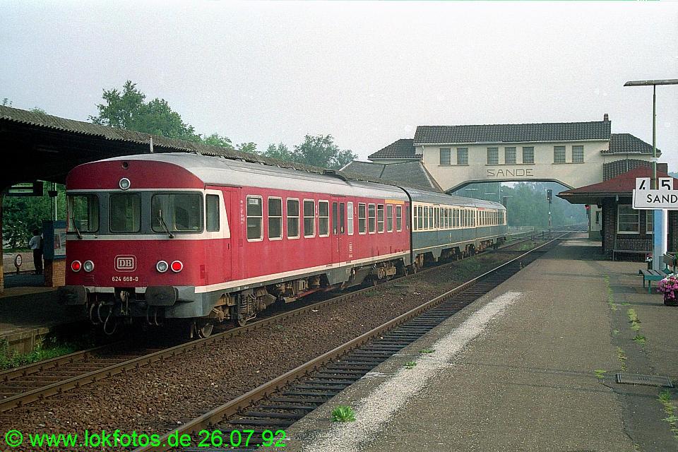 http://www.lokfotos.de/fotos/1992/0726/17103.jpg
