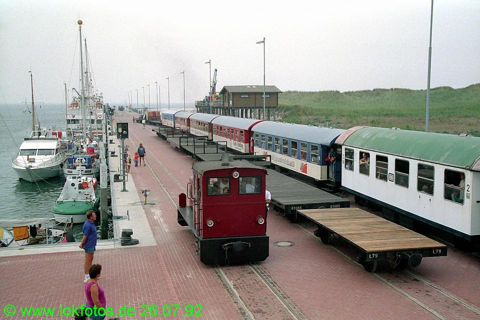 http://www.lokfotos.de/fotos/1992/0726/17107.jpg