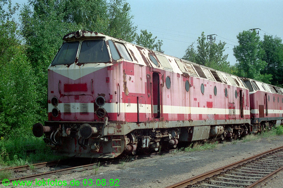http://www.lokfotos.de/fotos/1992/0803/17452.jpg