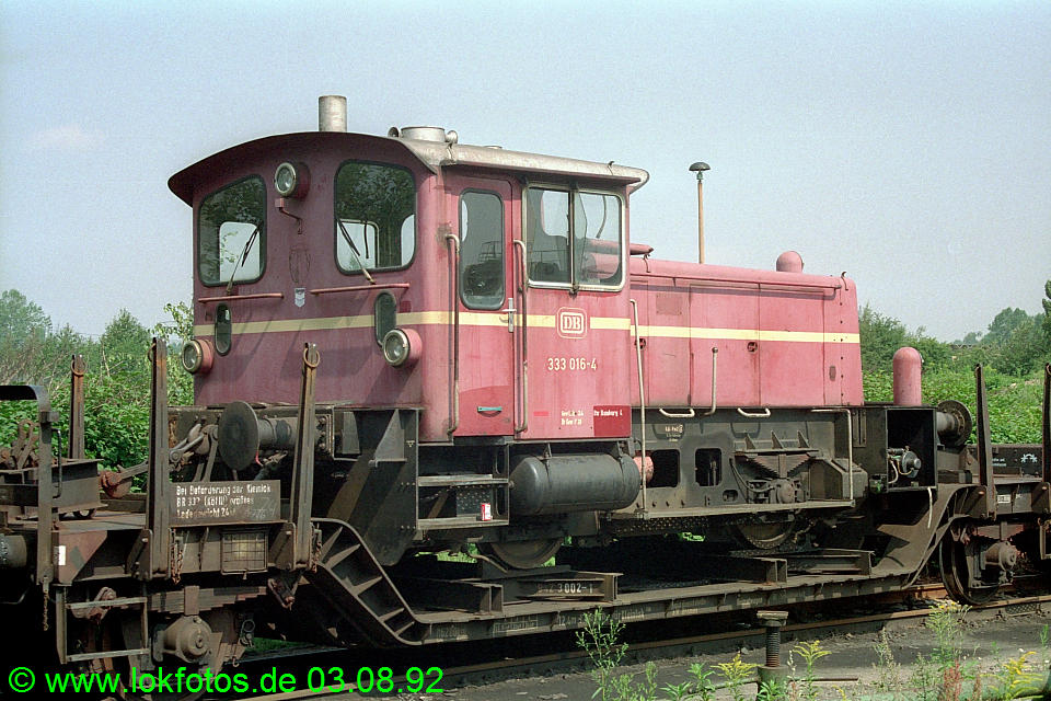 http://www.lokfotos.de/fotos/1992/0803/17454.jpg