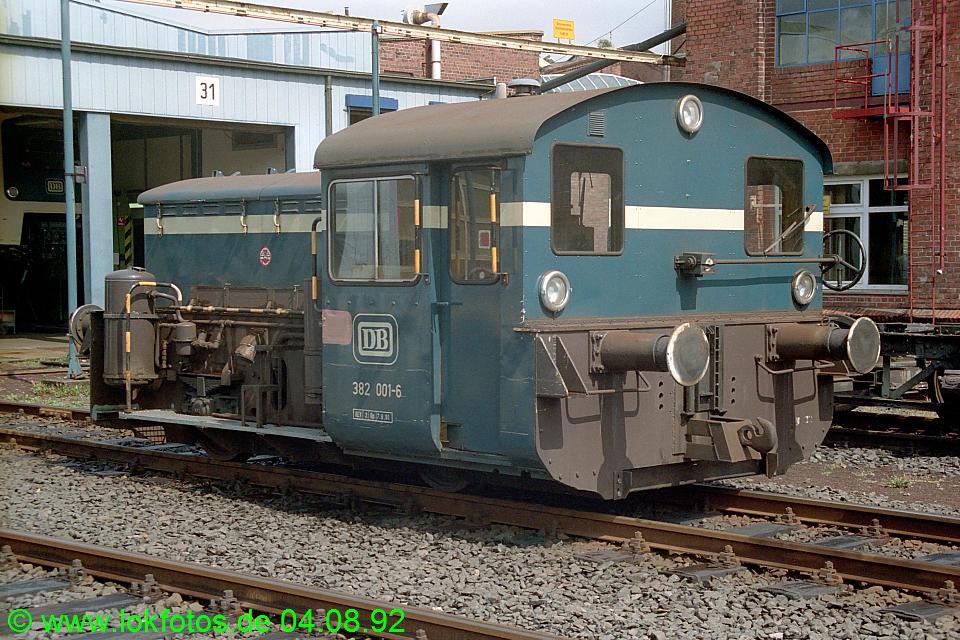 http://www.lokfotos.de/fotos/1992/0804/17477.jpg