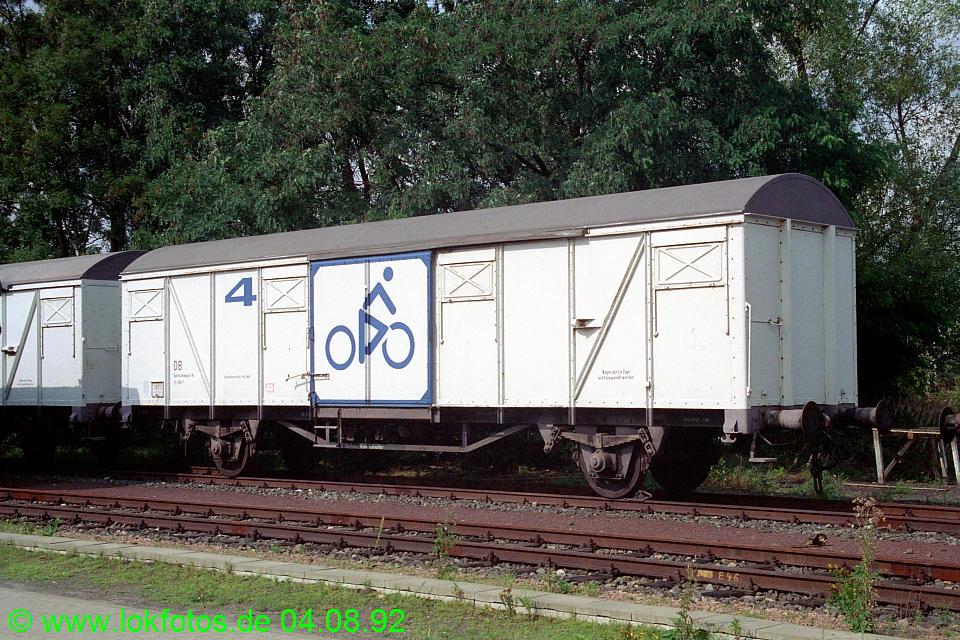 http://www.lokfotos.de/fotos/1992/0804/17503.jpg