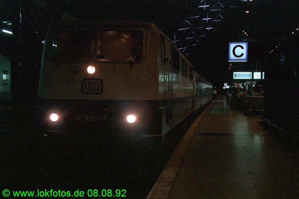 http://www.lokfotos.de/fotos/1992/0808/17674.jpg