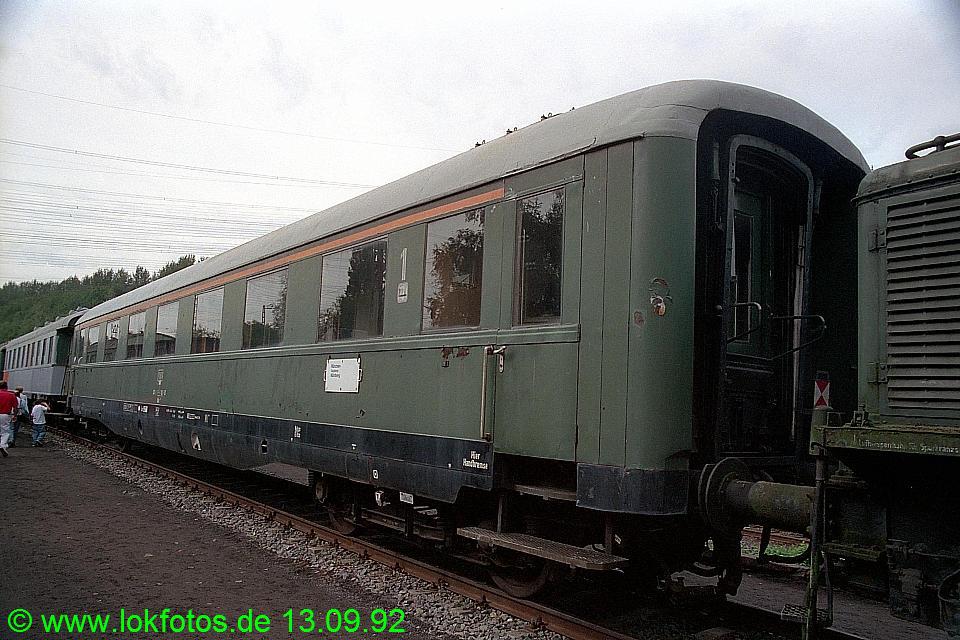 http://www.lokfotos.de/fotos/1992/0913/17819.jpg