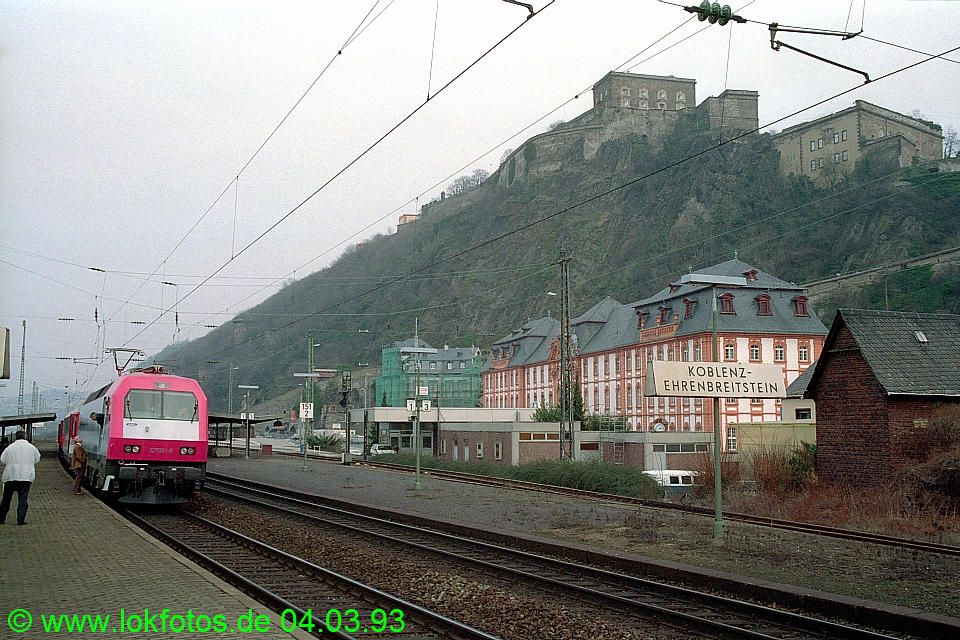 http://www.lokfotos.de/fotos/1993/0304/18064.jpg