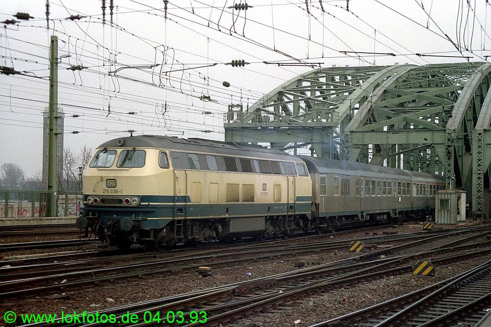 http://www.lokfotos.de/fotos/1993/0304/18072.jpg
