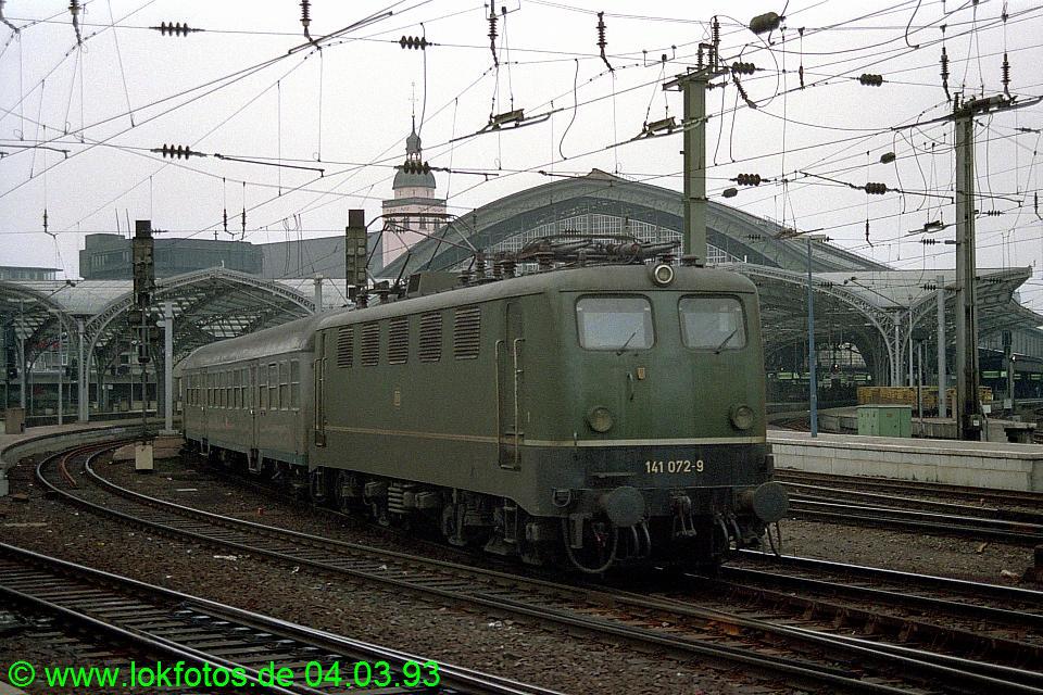 http://www.lokfotos.de/fotos/1993/0304/18081.jpg