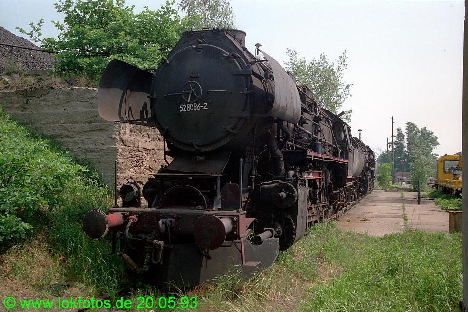 http://www.lokfotos.de/fotos/1993/0520/18186.jpg