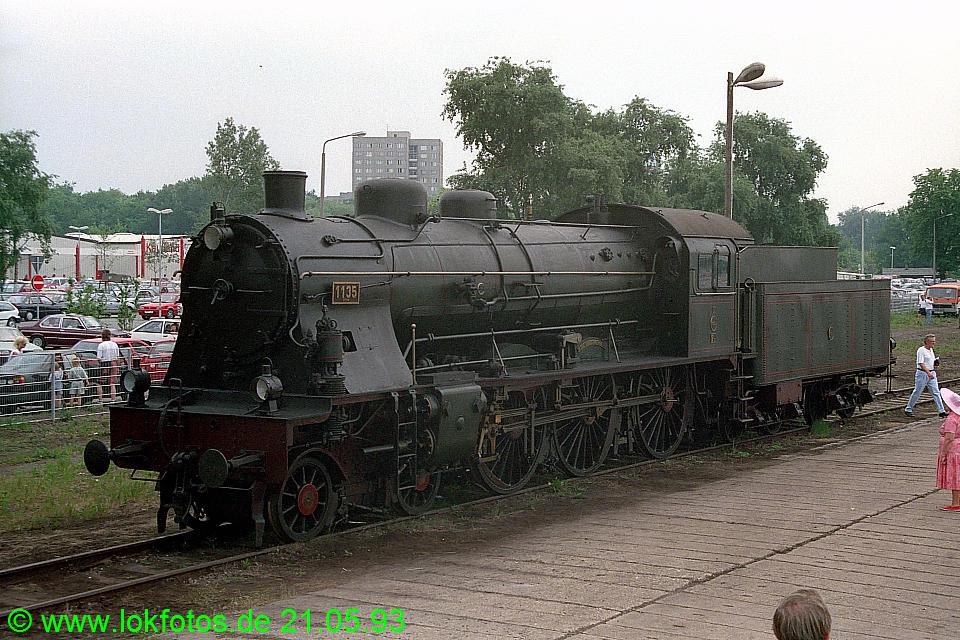 http://www.lokfotos.de/fotos/1993/0521/18251.jpg