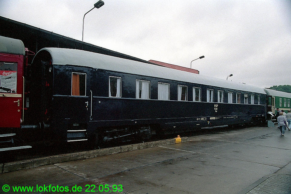 http://www.lokfotos.de/fotos/1993/0522/18296.jpg