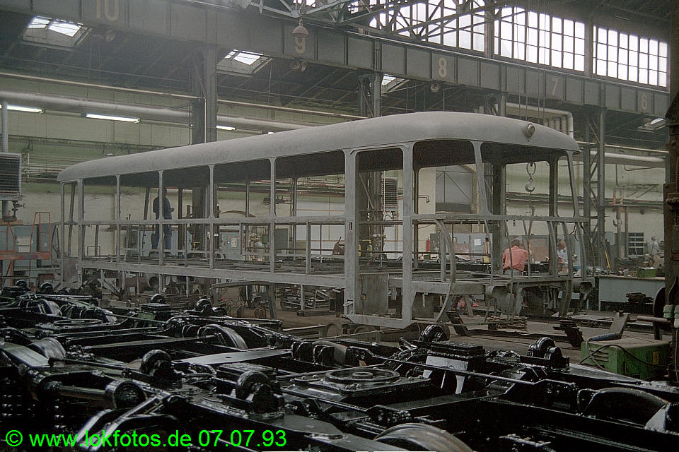 http://www.lokfotos.de/fotos/1993/0707/18515.jpg