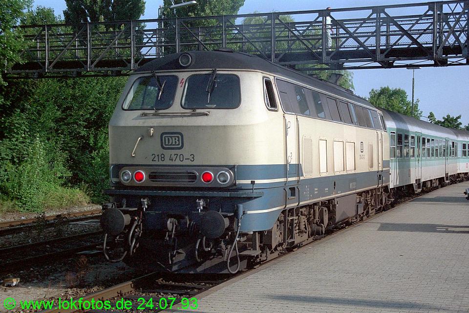http://www.lokfotos.de/fotos/1993/0724/18677.jpg