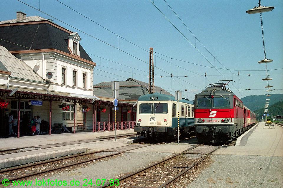 http://www.lokfotos.de/fotos/1993/0724/18681.jpg
