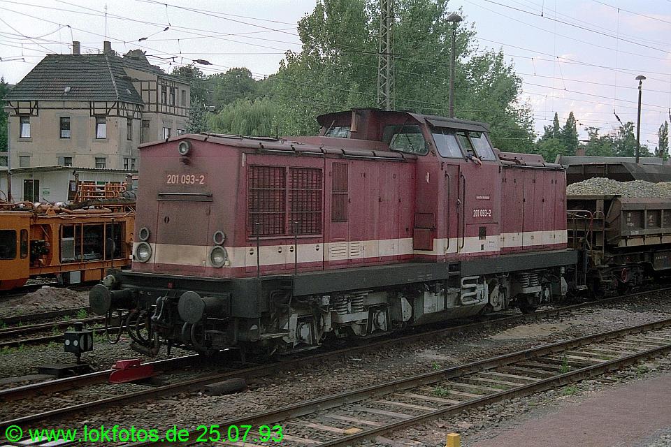 http://www.lokfotos.de/fotos/1993/0725/18736.jpg